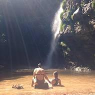 Prainha perfeita para relaxar na cachoeira das Andorinhas