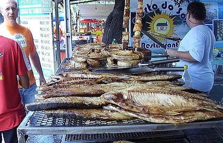 Rua do Porto - Muito peixe assado