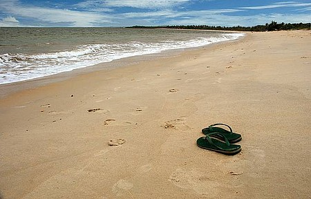 Santo André - Vila tem quilômetros de praias pouco movimentadas