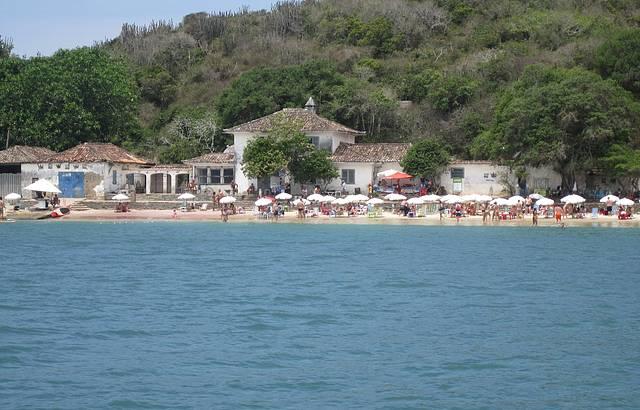 Praia da Azedo vista do mar