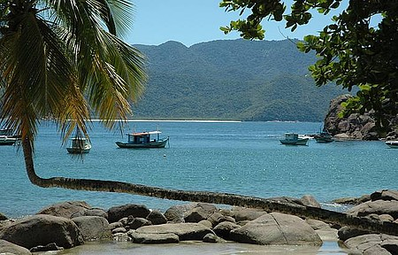 Ilha Grande (RJ) terá cobrança de entrada e número limitado de visitantes - Cenário é digno de uma obra de arte