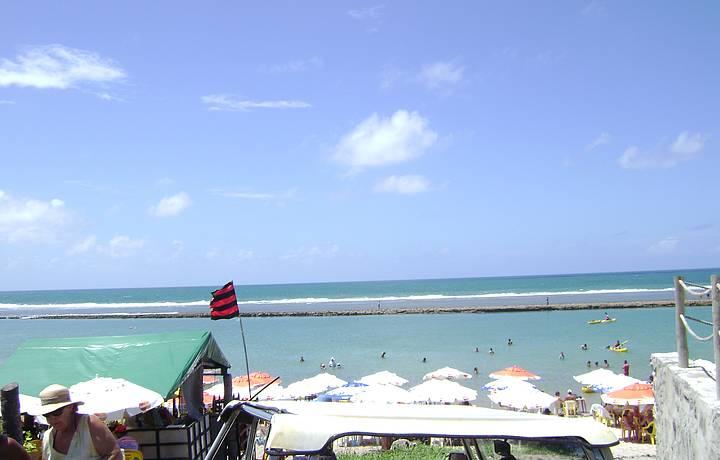 Dá para conhecer todas as praias sentindo o vento no rosto