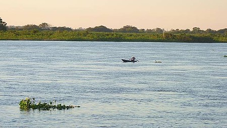 Pôr do Sol Pantaneiro - Rio Paraguai