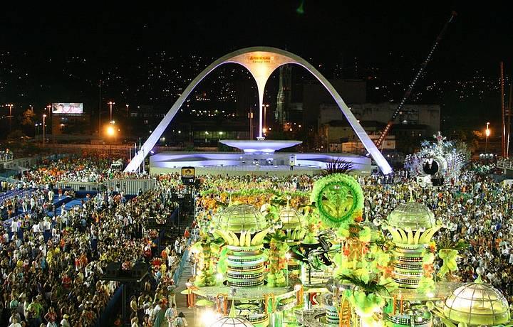 Passarale do Samba é visitada pelos turistas até mesmo fora do Carnaval