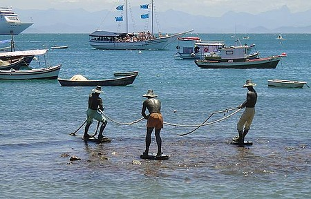 Praias do Canto e da Armação - Os três pescadores