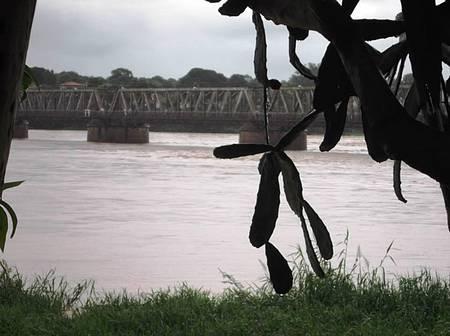 Rio São Francisco e as duchas. - Um paraíso!