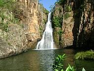 Cachoeira do Vale do rio Macaquinho
