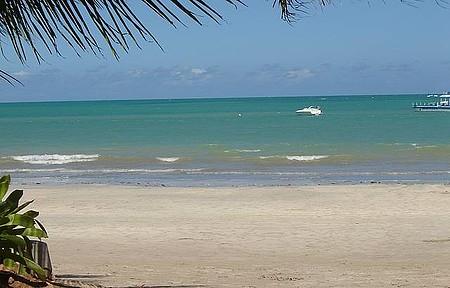 Ipioca - Perfeita visão do restaurante Hibiscus a beira da praia. Lindo!