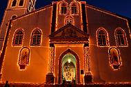 Catedral de Guarapuava com decora��o no Natal 2013 !