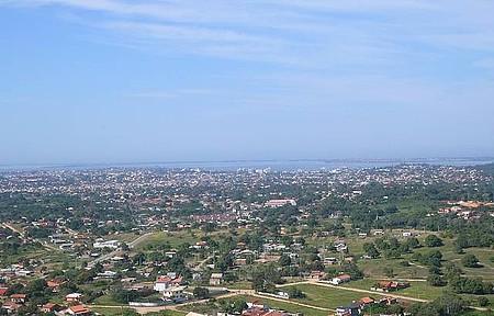 Apreciar a vista do Mirante da Paz - Visão panorâmica de Araruama
