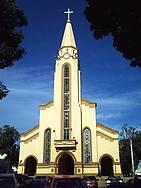 Matriz de Sant'Ana: Cenário constante de peregrinações e festejos -