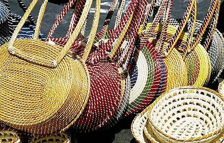 Ouricuri - Artesanato é o forte na hora das compras