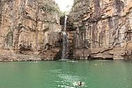 Banho no lago de Furnas