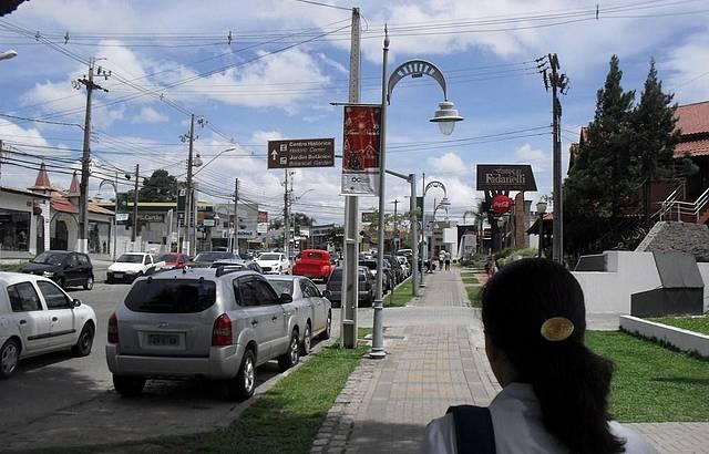 Conhecendo o principal eixo gastronômico de Curitiba.