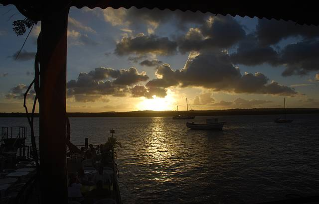 P�r-do-sol ao som do bolero de Ravel