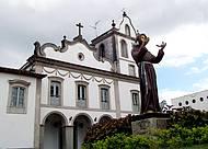 Devotos de Santo Antônio marcam presença nas missas