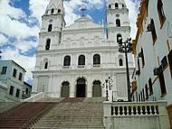 Bela Igreja Junto Aos Predios Militares