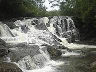 Cachoeira Meia Lua.