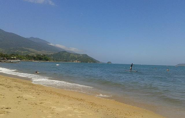 Passeio pela orla da Praia de Perequê
