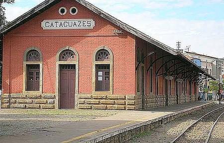 Estação Ferroviária - Construções preservadas estão entre as atrações da cidade