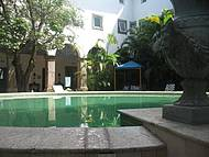 Charme arquitetônico se mantém na piscina