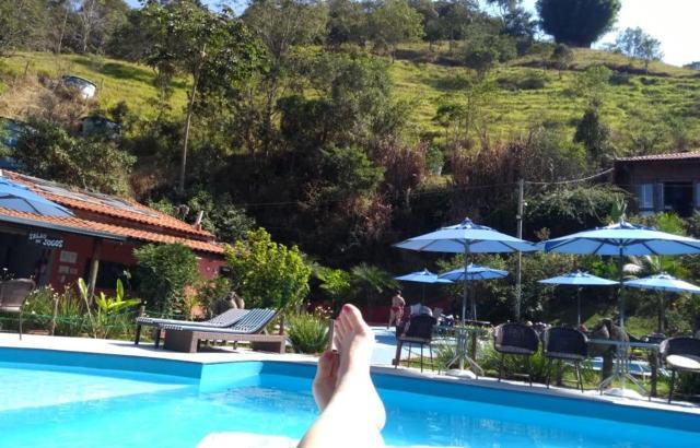 Sol, piscina e tranquilidade