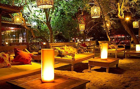 Porto da Barra reúne bares e restaurantes em ambiente descontraído