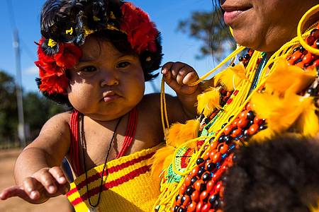 Quatro Cachoeiras - Índios de todas as idades encantam os visitantes