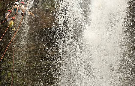 Rapel - Adrenalina e muita água!