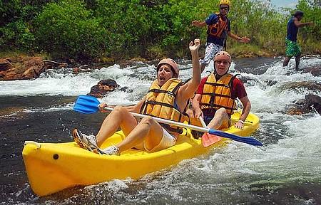 Rafting no Rio Novo - Corredeiras são procuradas também para a prática de canoagem