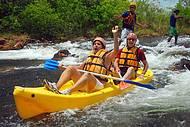 Corredeiras são procuradas também para a prática de canoagem