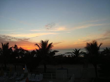 Kaakupê Praia Hotel - Vista do amanhecer da varanda do quarto