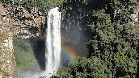 Cachoeira do Caracol via bondinho
