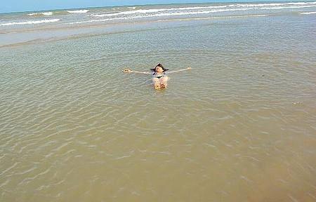 Parque Estadual de Itaúnas - O Mar Forma Piscinas de Águas Mornas,delícia !