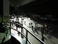 Happy hour observando o calçadão da rua XV, centro de Curitiba