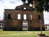 Ruinas da Igreja