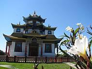 Um dos templo no Centro Budista
