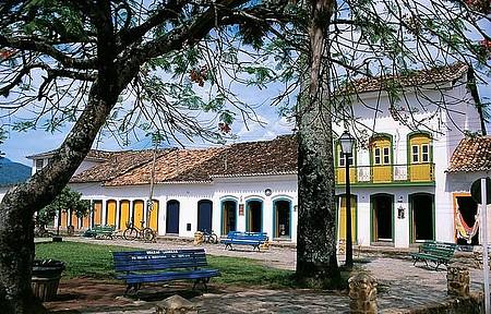 Paraty - Cidade história é repleta de belos recantos