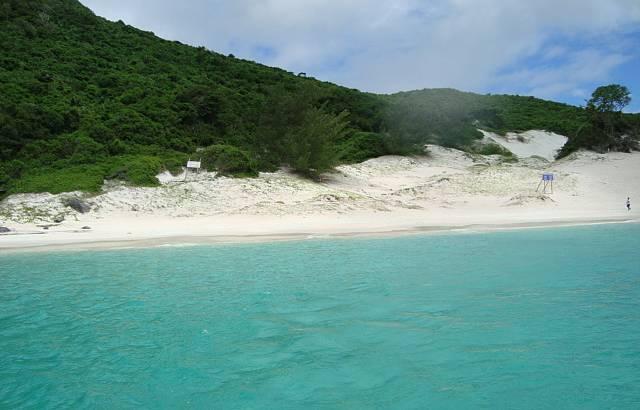 Praia do Farol. Incrível a cor do mar!