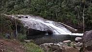 Pela beleza da cachoeira, vale a pena enfrentar o caminho ruim