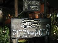 Placa na entrada da Pizza na Roça