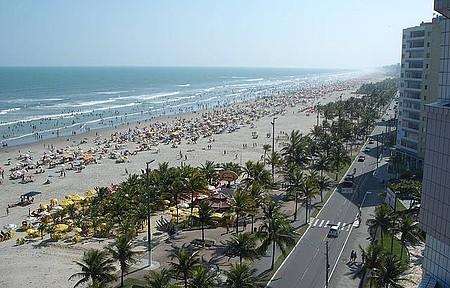 Curtir as praias - Orla urbanizada e ciclovia são atrações