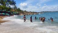 Praia pequena e bonita