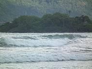 A beleza do mar de Camboriu em frente à ilha