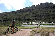 Cemit�rio Bizantino chama a aten��o na paisagem