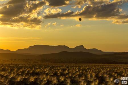 De balão na Chapada dos Veadeiros (GO) - Sempre-vivas, buritis, serras... Beleza sem fim!