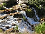 Queda d��gua na parte alta da cachoeira Casca D' Anta