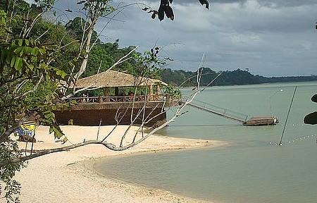 Lagoa Juparanã - Point é procurado para banhos, pesca de dourado e para curtir o pôr do sol