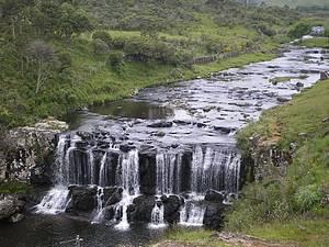 Salto do Rio Pelotas: Cachoeiras e mirantes fazem parte do roteiro -