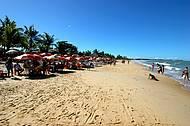 Praia tem movimento o ano inteiro